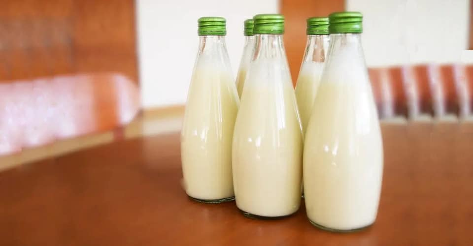 buttermilk in bottles