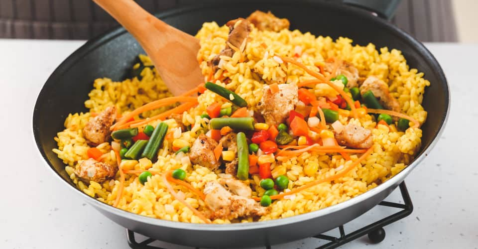 cooking fried rice