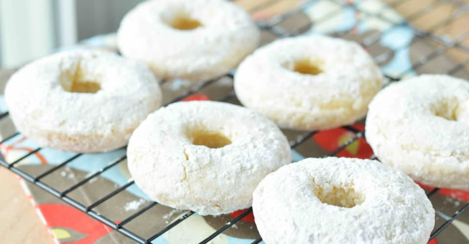 doughnuts with powdered sugar