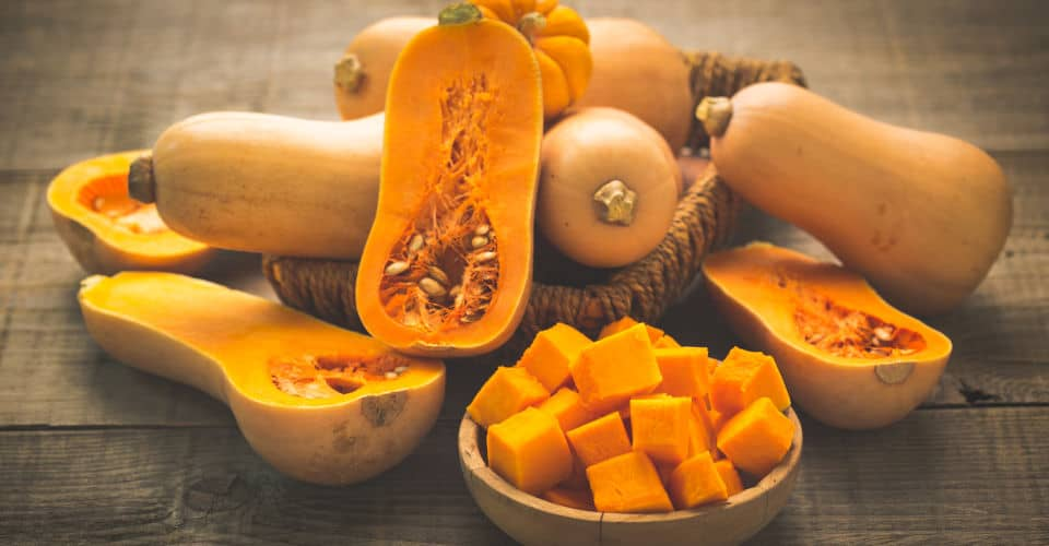 sliced and unsliced butternut squash