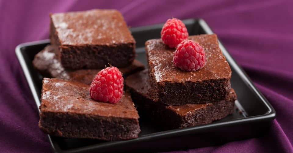 brownies with raspberry