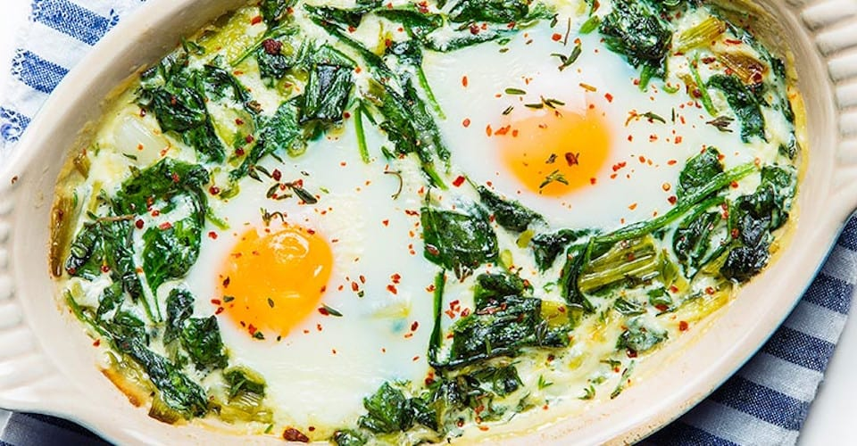 spinach with eggs and leeks