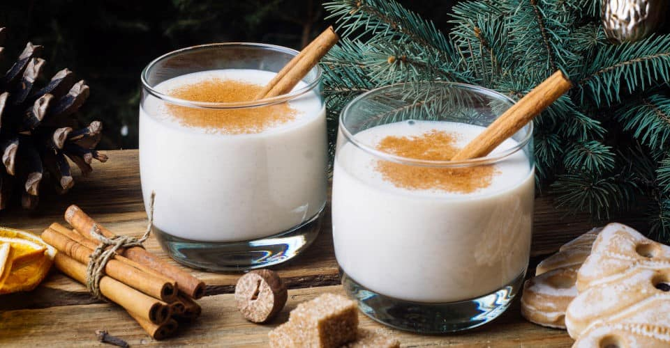 eggnog with cinnamon cloves and nutmeg