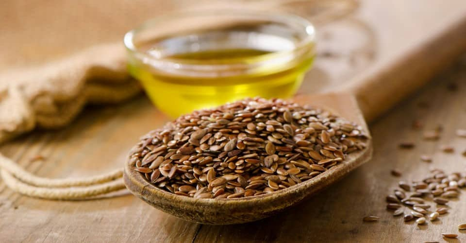 flax seeds and flaxseed oil