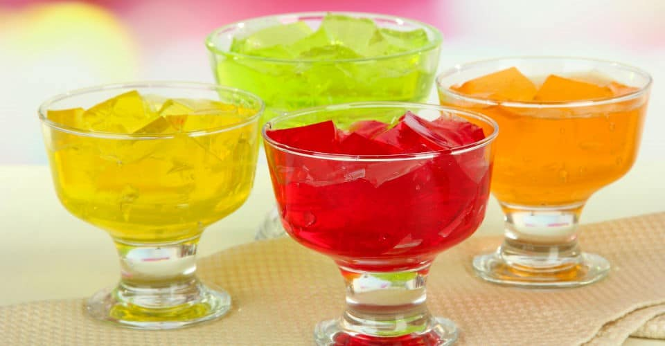 jelly cubes in bowls
